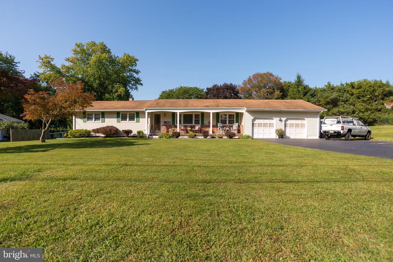 Single Family Homes för Försäljning vid Ewing, New Jersey 08628 Förenta staterna