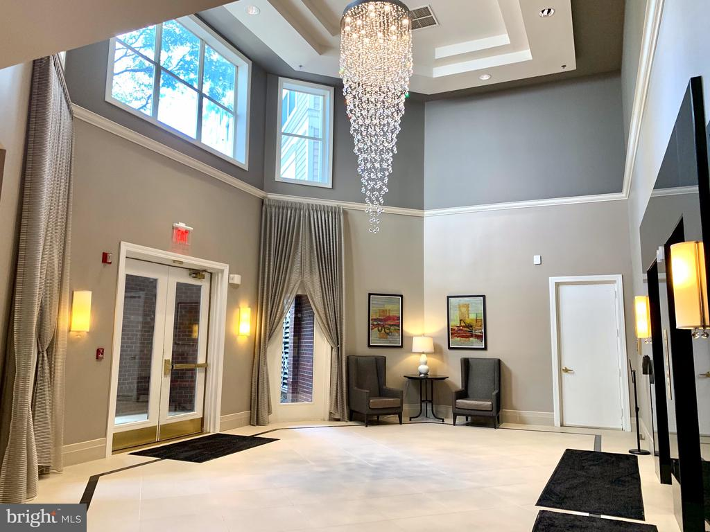 Lobby renovated with highend finishes - 1625 INTERNATIONAL DR #412, MCLEAN