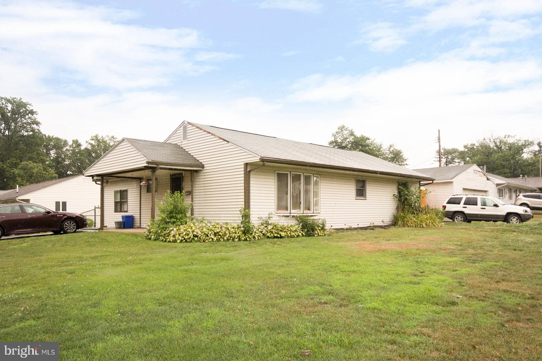 Single Family Homes のために 売買 アット Fairless Hills, ペンシルベニア 19030 アメリカ