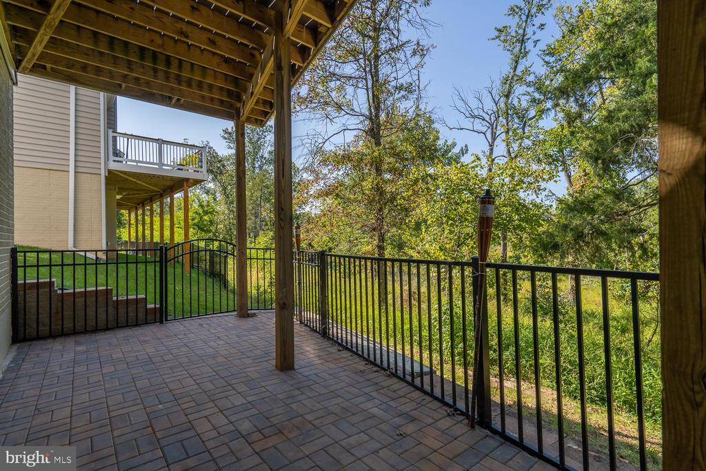 - 42352 WINSBURY WEST PL, STERLING