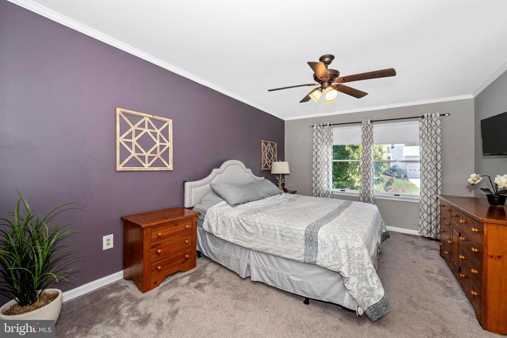 master bedroom - 12 COLLIERY DR, THURMONT