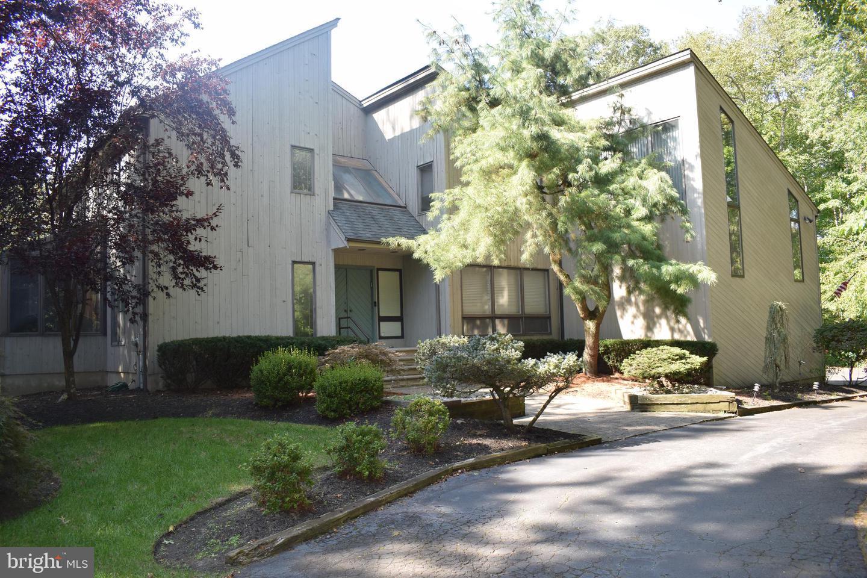 Single Family Homes για την Πώληση στο Hightstown, Νιου Τζερσεϋ 08520 Ηνωμένες Πολιτείες