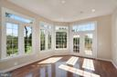 Gorgeous Sunny Sun Room off Living Room - 44220 RIVERPOINT DR, LEESBURG