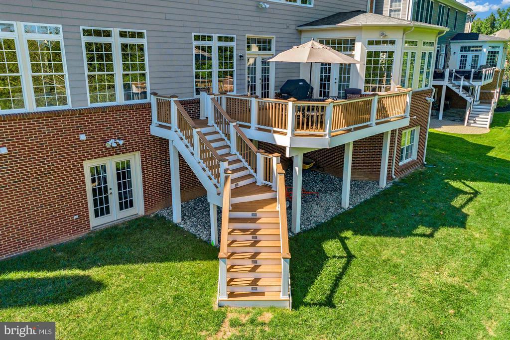 Beautiful Backyard - 44220 RIVERPOINT DR, LEESBURG
