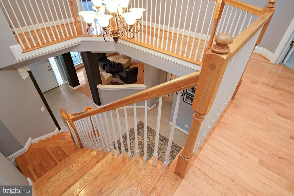 - 43945 RIVERPOINT DR, LEESBURG