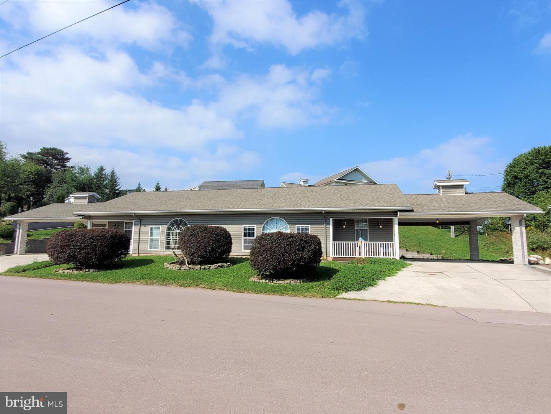 Single Family Homes للـ Sale في Grantsville, Maryland 21536 United States