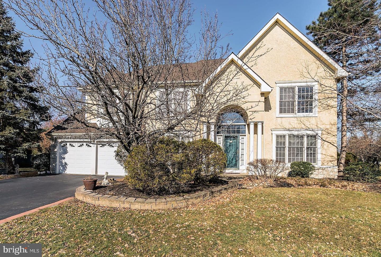Single Family Homes voor Verkoop op Cranbury, New Jersey 08512 Verenigde Staten