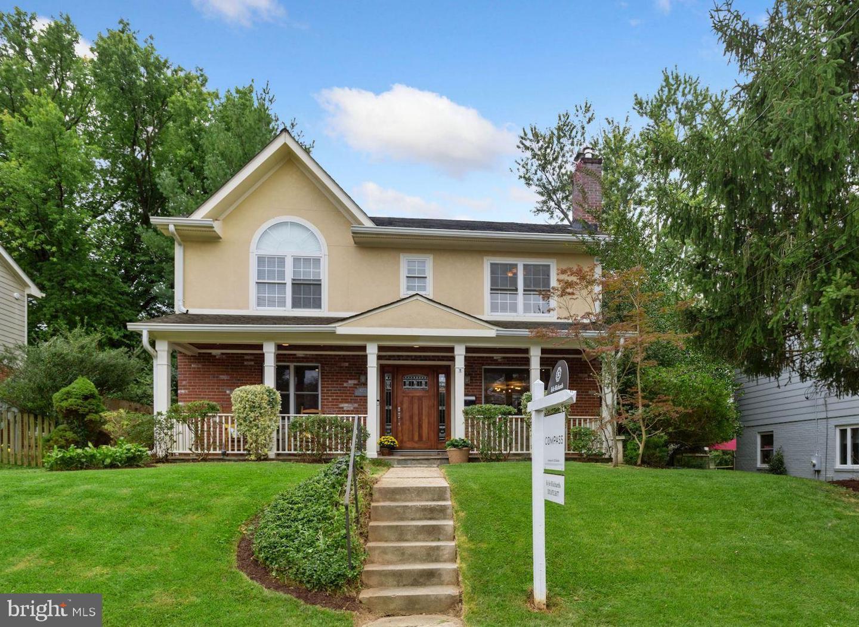 Single Family Homes para Venda às Kensington, Maryland 20895 Estados Unidos