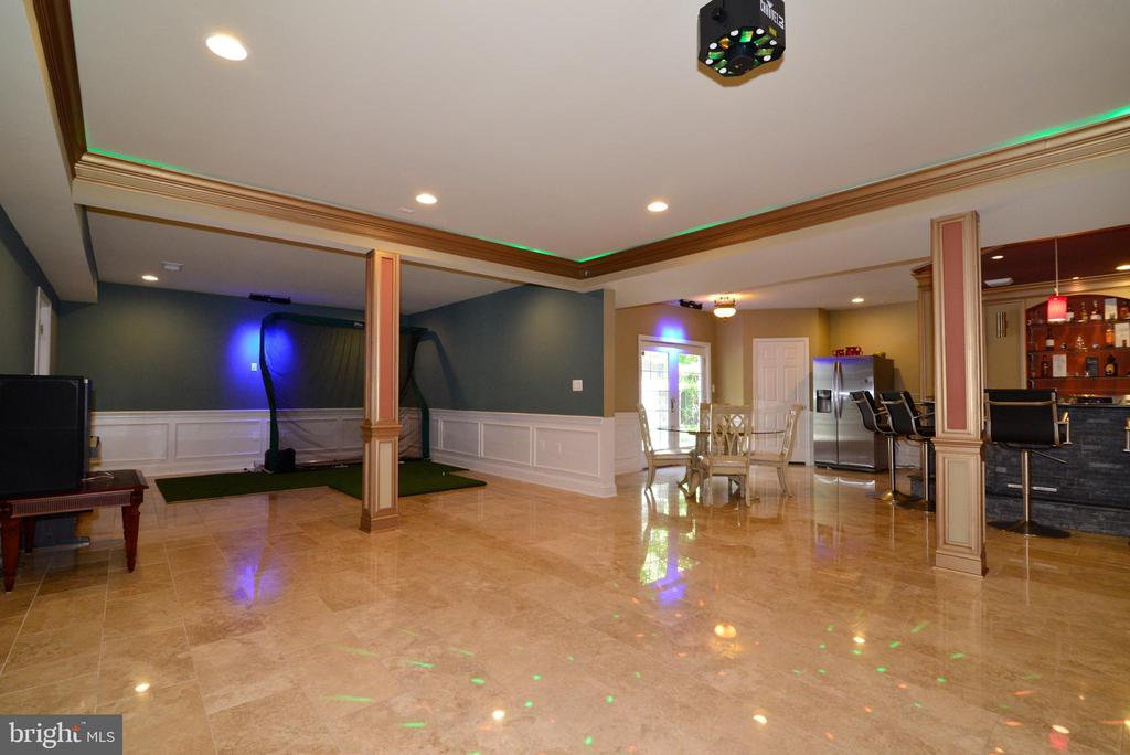 Dance Floor - 20137 BLACK DIAMOND PL, ASHBURN