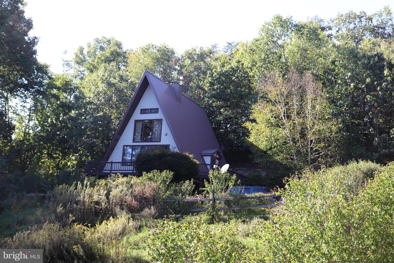 Single Family Homes для того Продажа на James Creek, Пенсильвания 16657 Соединенные Штаты