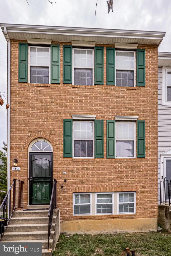 Single Family Homes for Sale at Suitland, Maryland 20746 United States