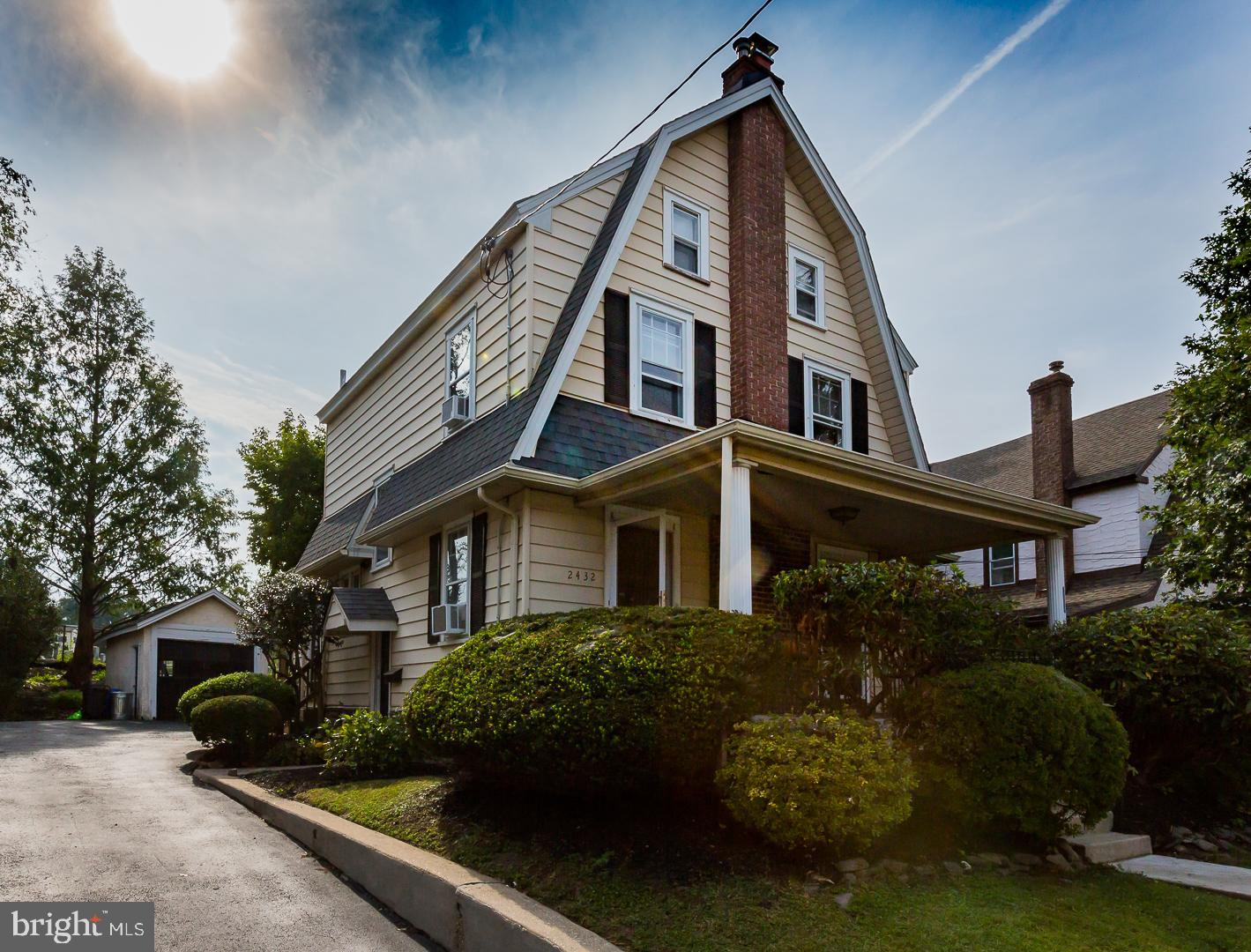Single Family Homes pour l Vente à Havertown, Pennsylvanie 19083 États-Unis
