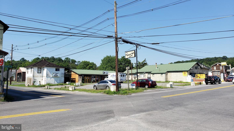 Single Family Homes pour l Vente à Flintstone, Maryland 21530 États-Unis