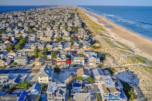 147 E DELAWARE AVENUE - LONG BEACH TOWNSHIP