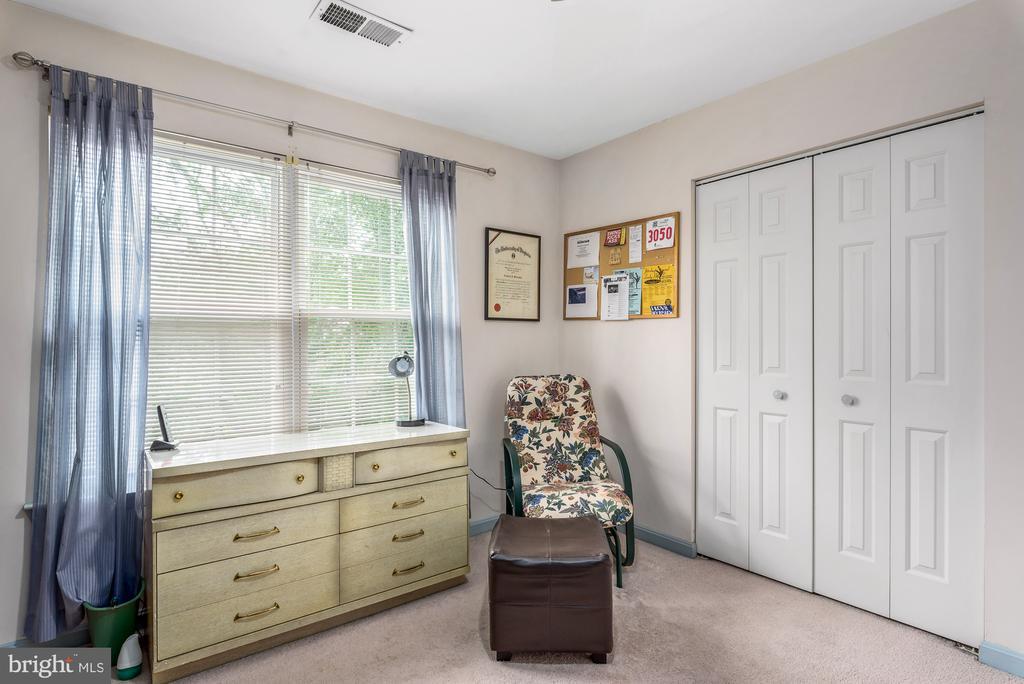 Bedroom #1/Study - 507 STONEY CREEK CT, STERLING