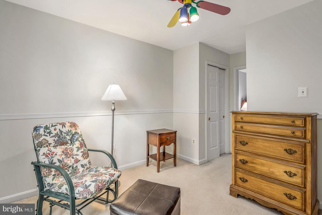 Bedroom #3 could also be used as study - 507 STONEY CREEK CT, STERLING