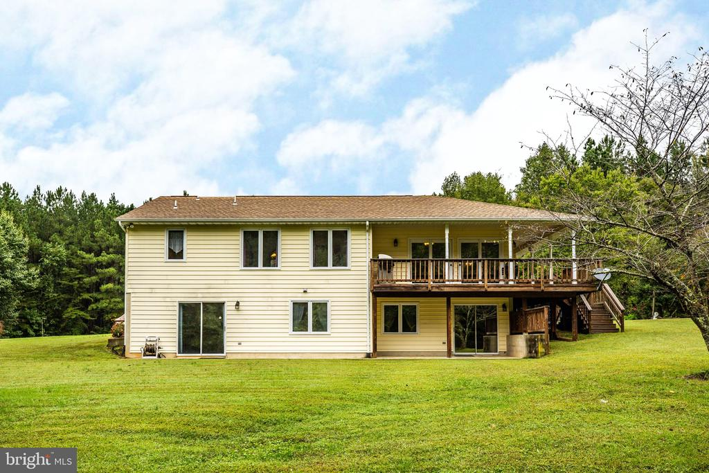 Enjoy time outdoors on your deck or patio - 6300 MARYE RD, WOODFORD