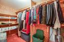 Lower Level Walk-In Cedar Closet - 6300 MARYE RD, WOODFORD