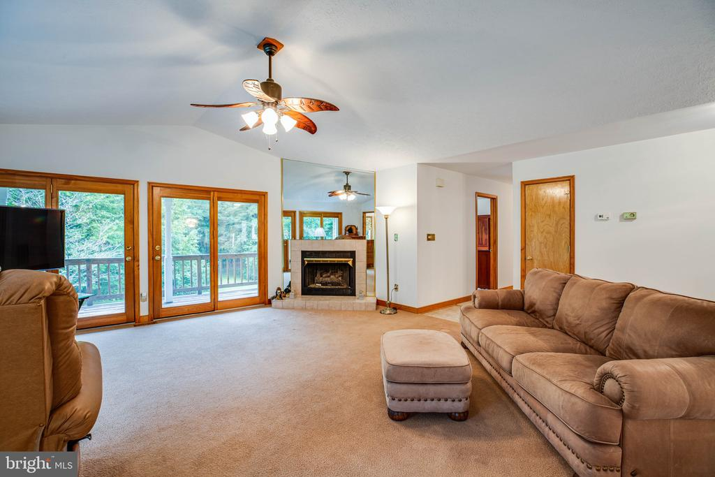 Cozy up next to your gas fireplace - 6300 MARYE RD, WOODFORD