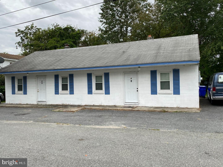 Duplex Homes pour l Vente à Frederica, Delaware 19946 États-Unis