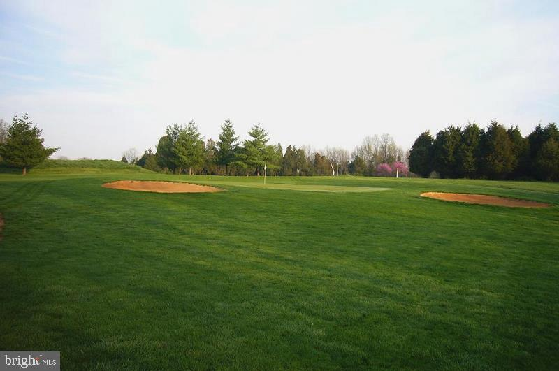 Brambleton Public Golf Course - 23255 CHRISTOPHER THOMAS LN, BRAMBLETON