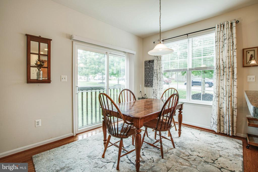 Kitchen/eating area - 1916 MEADOW LARK DR, CULPEPER