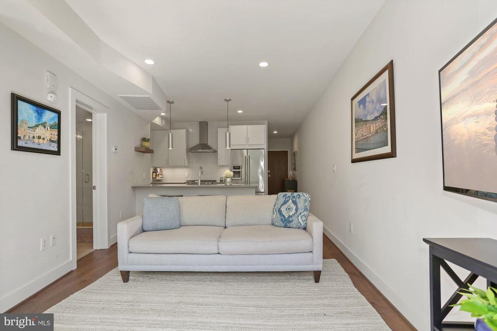 Kitchen Opens Beautifully to Living Room! - 2337 CHAMPLAIN ST NW #104, WASHINGTON