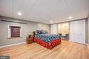 Legal to code 5th bedroom, large closets - 5 JAMESTOWN CT, STAFFORD