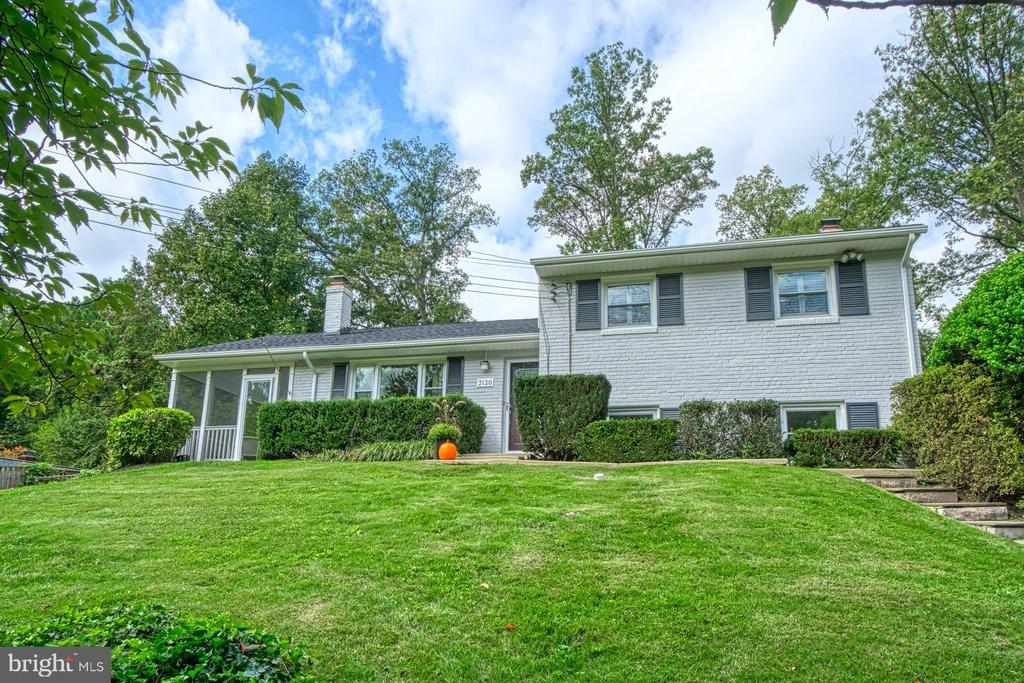 Your New HOME! - 3130 VALLEY LN, FALLS CHURCH