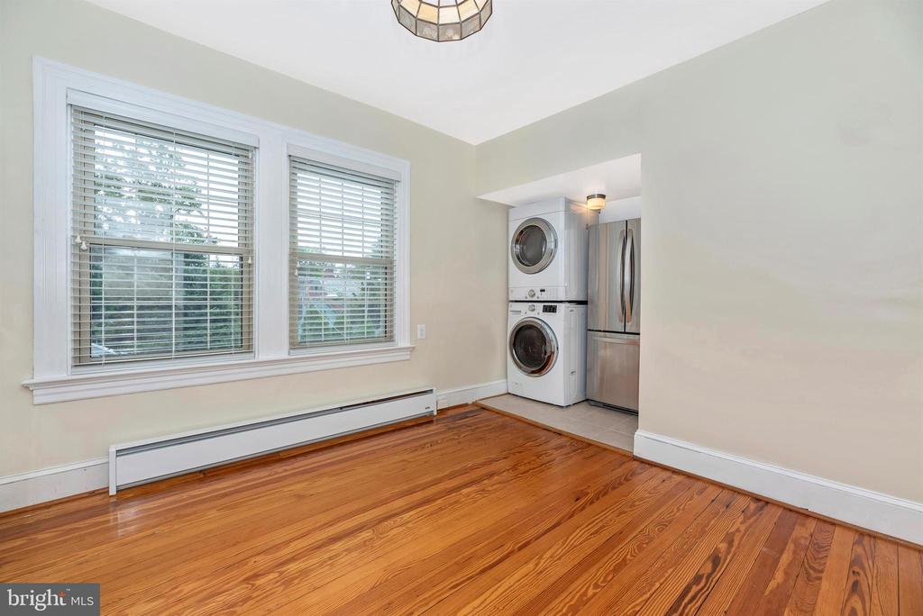 3rd Floor Apartment-Kitchen/Laundry - 316 W COLLEGE TER, FREDERICK