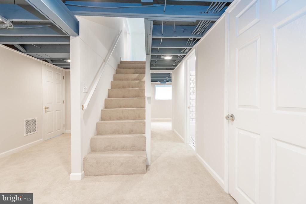Staircase to Lower Level - 9113 WALDEN RD, SILVER SPRING