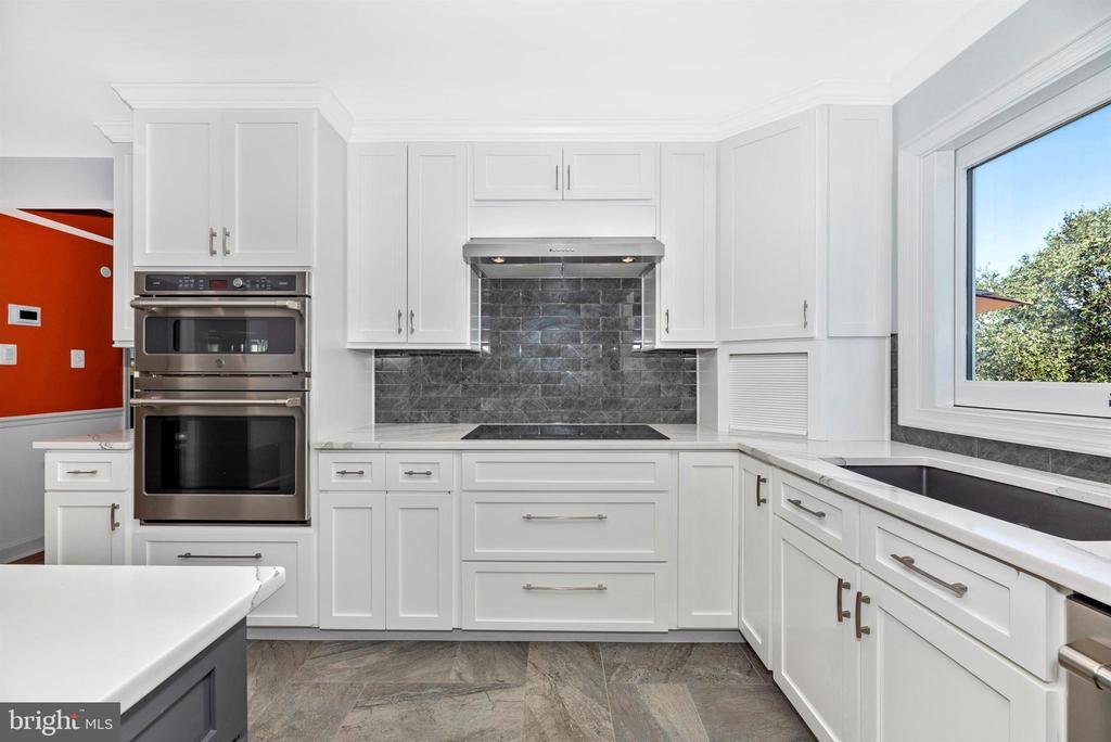 Kitchen - 8904 KNOLLWOOD WAY, FREDERICK
