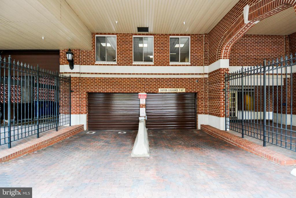 One of the parking entrances - 1276 N WAYNE ST #805, ARLINGTON