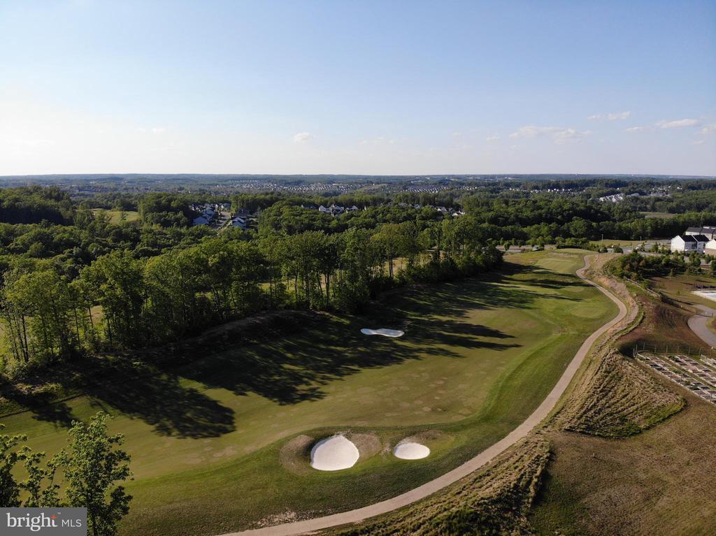 Public Golf Course - 2480 POTOMAC RIVER BLVD, DUMFRIES