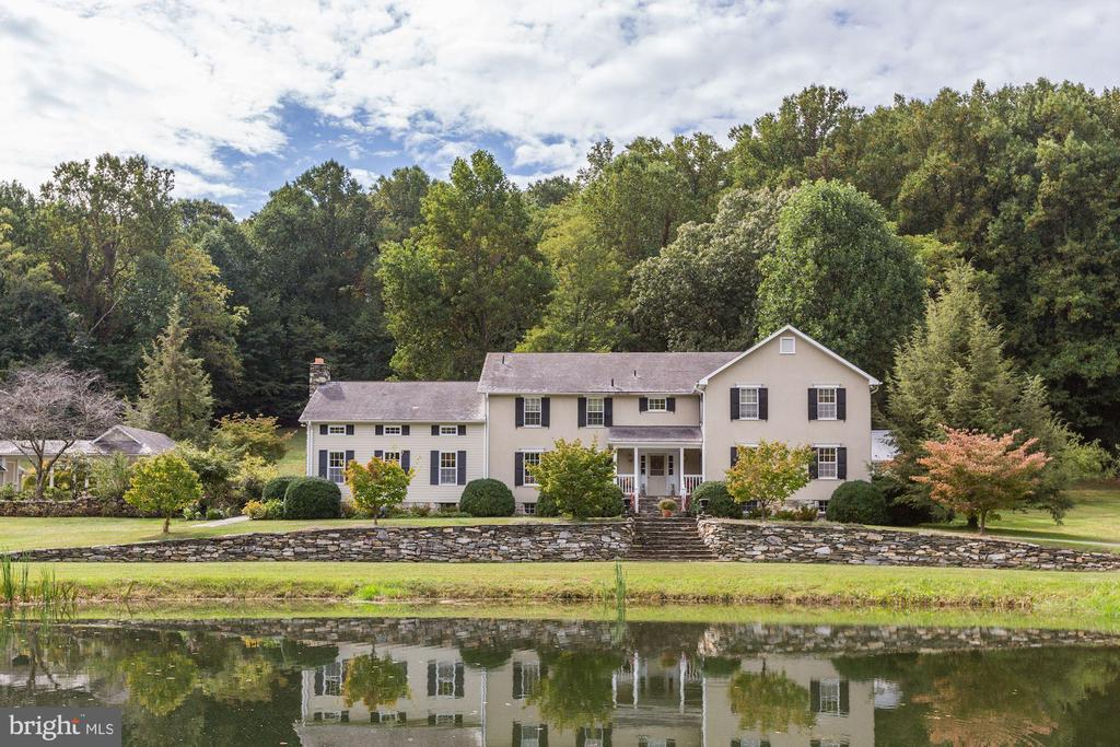 Nestled in the foothills of South Mountain - 8730 FOX GAP RD, MIDDLETOWN