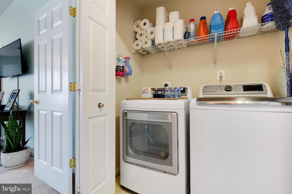 Upper Level Laundry - Washer/Dryer are Newer - 1507 SHIELDS TER NE, LEESBURG