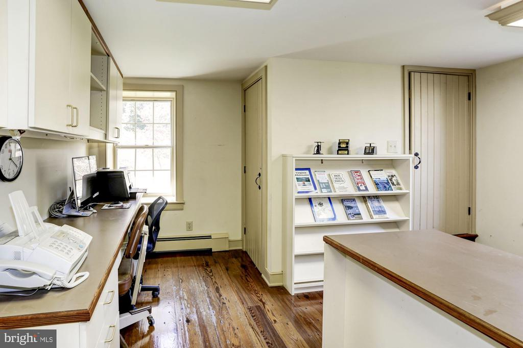 Separate office with staircase to second level - 8730 FOX GAP RD, MIDDLETOWN