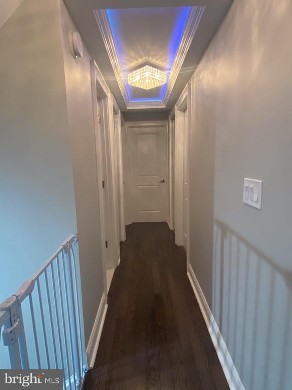 Hallway in second level - 15105 MCKNEW RD, BURTONSVILLE