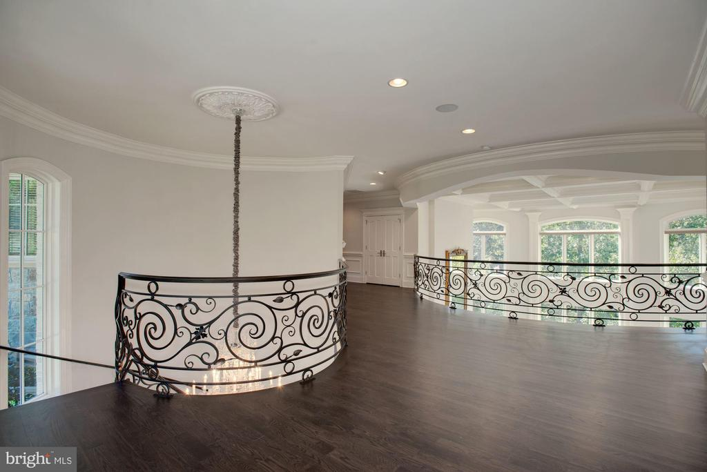 Upper Level Landing with Forged Iron Railing - 7853 LANGLEY RIDGE RD, MCLEAN