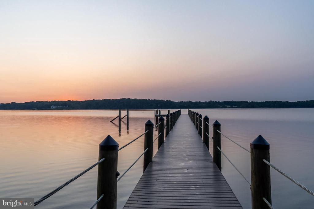 Private dock on the Potomac River - 7979 E BOULEVARD DR, ALEXANDRIA