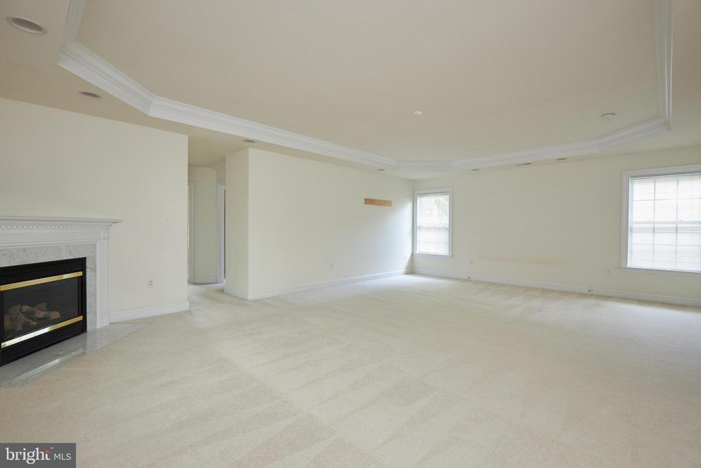 Owner's Suite - 5517 SOUTHWICK ST, BETHESDA