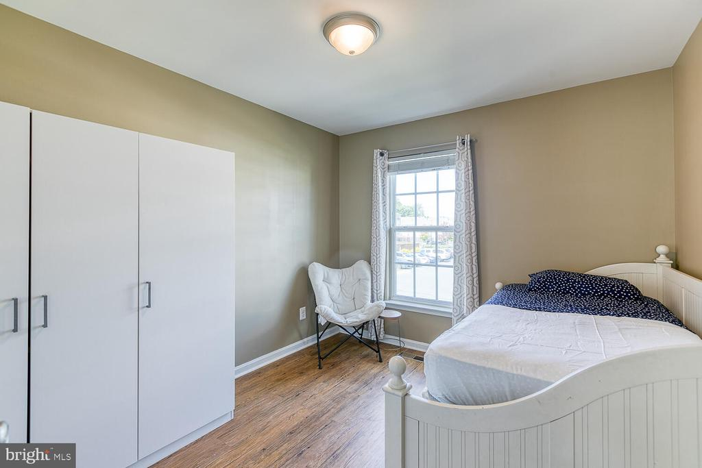 Front bedroom #2 - 116 MACON DR, STAFFORD