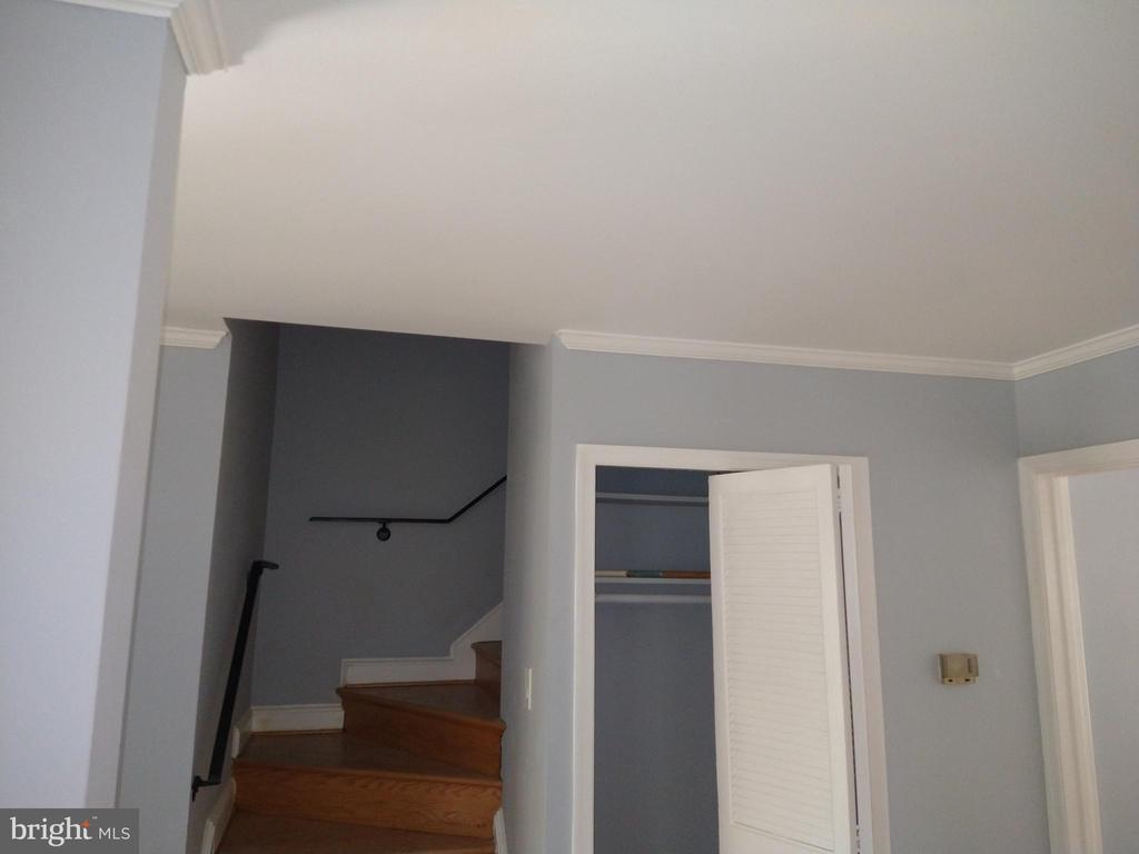 Stairs to go up to the bedrooms - 2409 MISTLETOE PL, ADELPHI