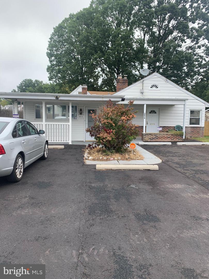 Single Family Homes por un Venta en Essex, Maryland 21221 Estados Unidos