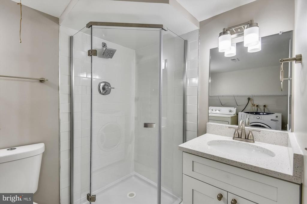 Brand new lower level full bath with stall shower - 4609 34TH ST S, ARLINGTON