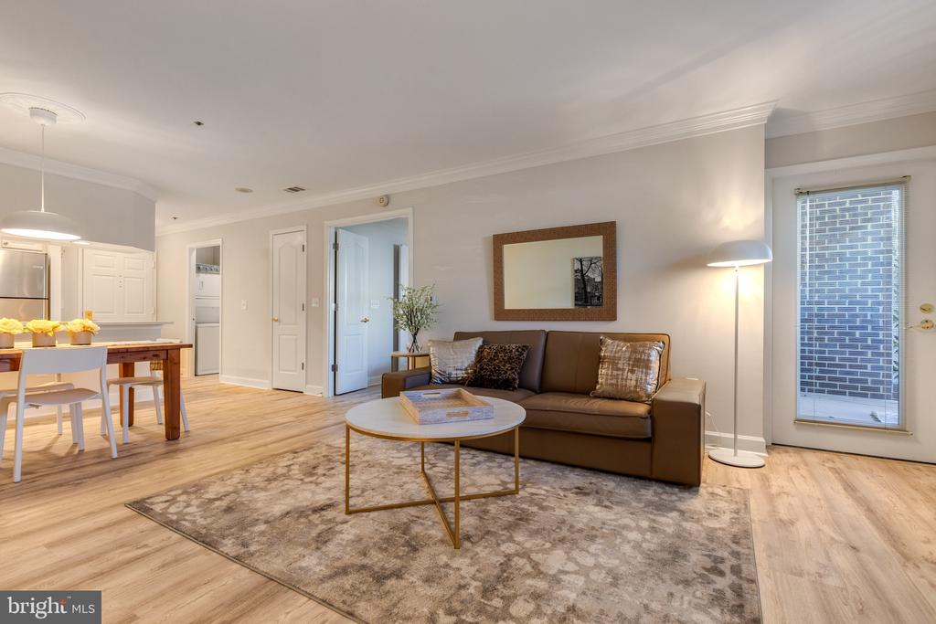 Living Room with  walk out to Large Patio - 1050 N STUART ST #126, ARLINGTON