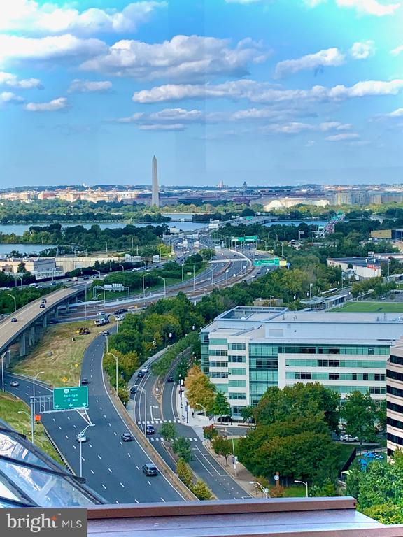 Panoramic Views of The Potomac River & Boeing! - 1211 S EADS ST #2004, ARLINGTON