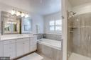 - 24827 SOMERBY DR, CHANTILLY