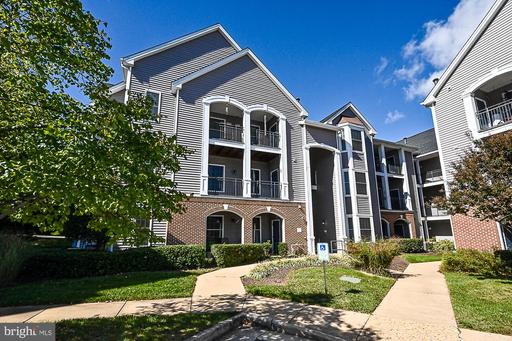 20447 CHESAPEAKE SQ #302