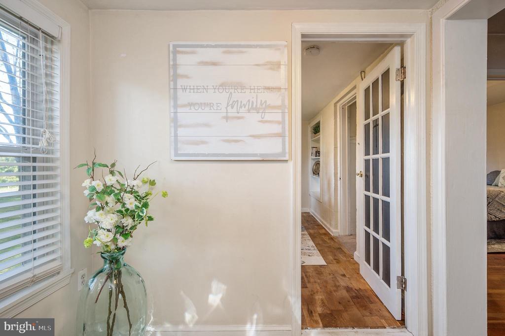 Foyer - 7019 SIGNAL HILL RD, MANASSAS